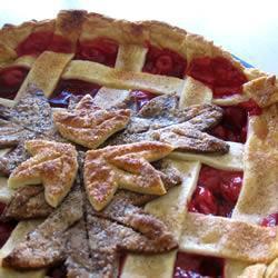Вишневый пирог из консервированной вишни