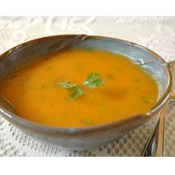 Морковный суп с пастой чили