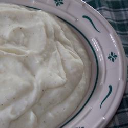 Картофельное пюре с  Пармезаном и чесноком