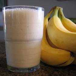 Молочный коктейль с бананами