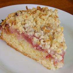 Нежный пирог с клубникой