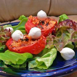 Запечённые помидоры с чесноком