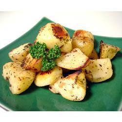 Золотистый картофель в бараньем жире с розмарином