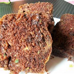 Шоколадный пирог с цуккини на кислом молоке