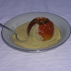Запеченные яблоки с ванильным соусом