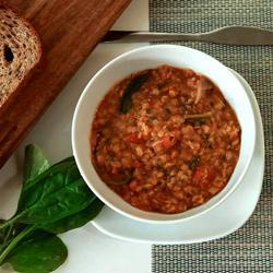 Пряный суп из красной чечевицы