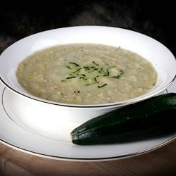 Картофельный суп с кабачками и курицей