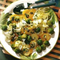 Брюссельский картофельный салат с эндивием