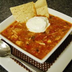 Мексиканский куриный суп с кукурузными лепешками Тортилья