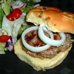 Гамбургеры из бараньего фарша с фенхелем