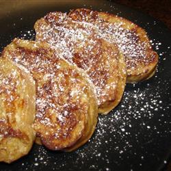 Французские гренки с яблочным пюре