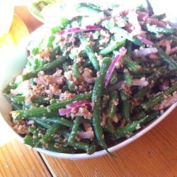 Салат из стручковой фасоли по-грузински