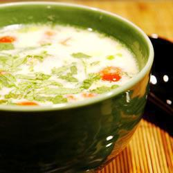 Том Ка Гай (тайский куриный суп с кокосовым молоком)