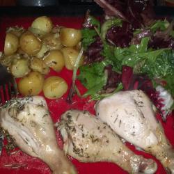 Куриные голени с молодым картофелем