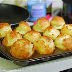 Английские полые булочки (йоркширский пудинг)