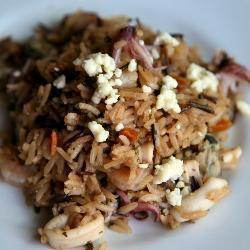 Жаренный рис с морепродуктами и горганзолой