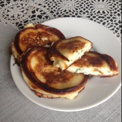 Оладьи с сырной начинкой