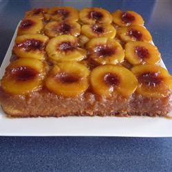 Персиковый пирог-перевёртыш