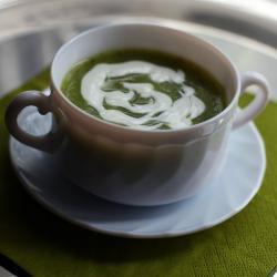 Овощной суп из цукини, кольраби и сельдерея