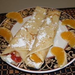 Блинчики с творогом, вареньем и апельсинами