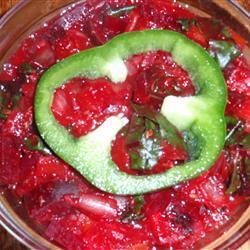 Тушеная свекла с томатами и луком