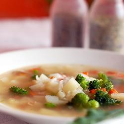 Овощной суп с брокколи и рисом