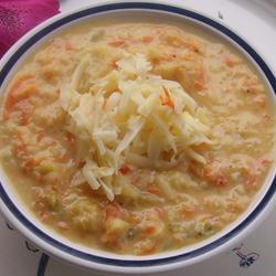 Суп с цветной капустой и сыром