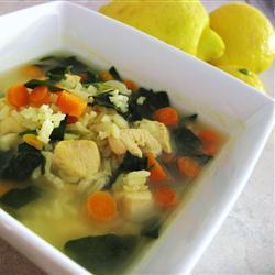 Куриный суп  с лимоном, рисом и шпинатом