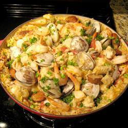 Паэлья с морепродуктами в духовке