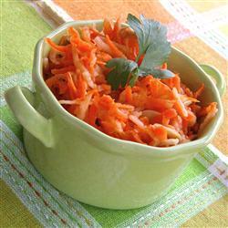 Вкусный салат из морковки