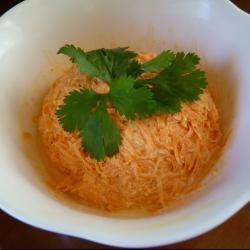Пикантный салат из моркови